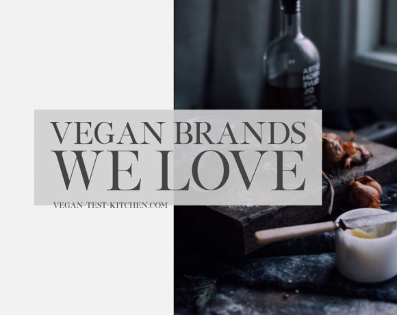 Each month we list our favorite vegan food brands for you to discover plus our favorite recipes! Enjoy and please share with your friends and family!!