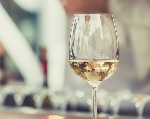 Holiday Vegan Wine Guide – The Whites